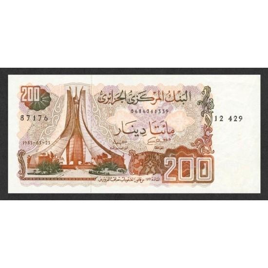 1983 -  Argelia Pic 135a   200 Dinars notebank