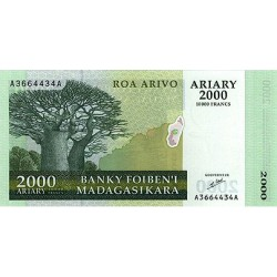 2003 -  Madagascar Pic 83  10000 Francs =2000 Ariary banknote