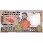 1966 -  Madagascar Pic 71  500 Francs =100 Ariary banknote