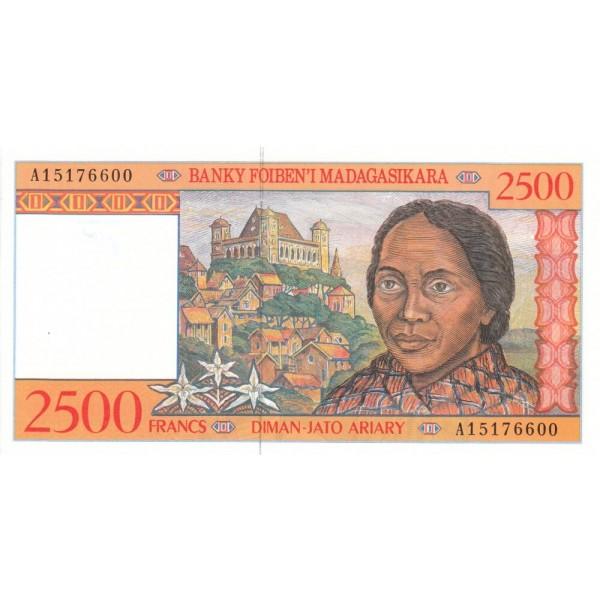 1998 -  Madagascar Pic 81  2500 Francs =500 Ariary banknote